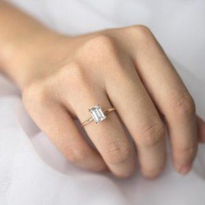 gambar cincin tunangan terbaru 2