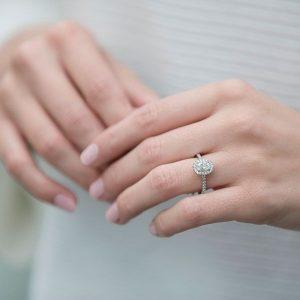 gambar cincin tunangan terbaru 3